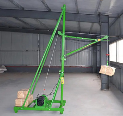 室内吊运机